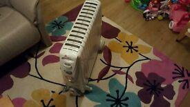 Oil Filled Radiator 3kw Rapid Heat by Delonghi