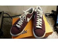 Bargain chritmas present Nike low top blazers size 6 only worn a few times boxed