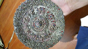 ANTIQUE MORE THAN 100 YEAR OLD BEAUTIFUL DESIGN PLATE