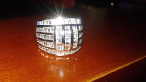 Mens size 8 .925 silver ring w/ CZ stones REGULAR $160