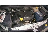 Vauxhall Astra Mk5 1.8 16V Engine Breaking For Parts (2006)