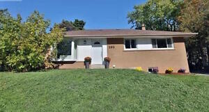 ....3 Bedrooms 2 Bathroom Modern Family Home 585 Wolsey Cres