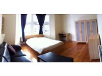 Available Now beautiful Xl double room Close Elephant Castle On Old Kent Road