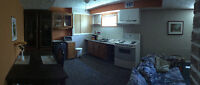 3 1/2 Fully Furnished / 3 1/2 Meublé