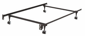 Metal bed frame - size adjustable