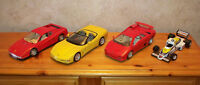 4 Voitures Burago Corvette Lamborghini Ferrari Williams A voir