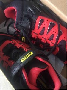 -NEW- Mavic cross ride women's MTB shoe size 40 (8.5)