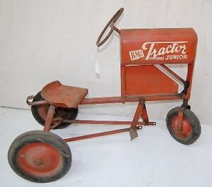 WANTED: antique pedal car, tractor, scooter, wagon, tin toys etc London Ontario image 4