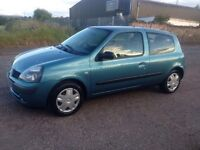 low mileage RENAULT CLIO 1yrs MOT