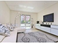 4 bedroom flat in ,