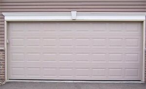 Looking for double garage door London Ontario image 1
