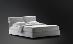 "Designer Beige King size bed ""Nathalie"" by Vico Magistretti"