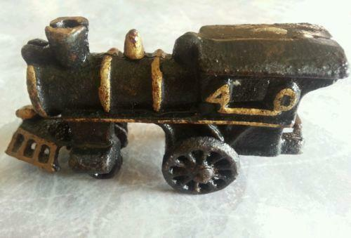 Nycrr Cast Iron Train: Antique Cast Iron Train