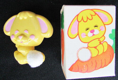 Avon Cottontail vintage pin glace new in box yellow bunny
