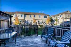 3 Bedroom 2.5 Bath townhouse close to Sunrise Mall - Must See Kitchener / Waterloo Kitchener Area image 8