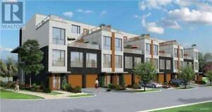 Brand new end unit town overlooking forest west pickering