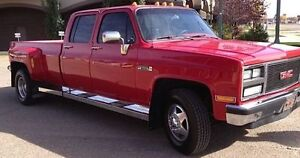 1988 GMC Sierra 3500 3 + 3 Dually Pickup Truck