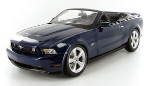 Maisto Special Edition 2010 Mustang GT Convertible 1:18 scale Windsor Region Ontario image 1