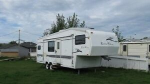 1998 Golden Falcon Special Edition 28ft Fifth Wheel