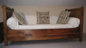 French antique daybed