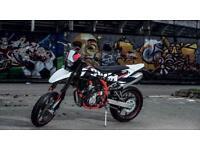 SWM SM 125 R 125cc Supermoto-Road Brand new 2 Year warranty full power black
