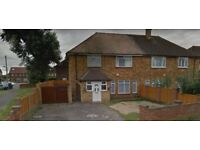 Stunning Double room available close to HILLINGDON HOSPITAL-UXBRIDGE - £550/Month( Singles )