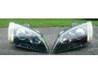 Focus xenon headlights