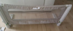 Height adjustable bed guard rail