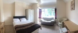 £145 pw VERY LARGE DOUBLE BEDROOM IN WEMBLEY