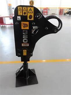 JCB Hammermaster HM380 Replacement Wedge Chisel Ø75 x 680L