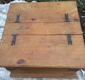 Wooden Sorage Box/Chest