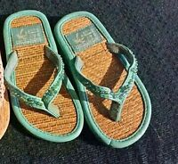 Montego bay club infant size 6-7 slippers $5