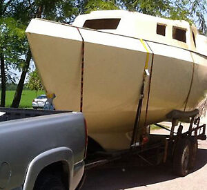 26 foot Roberts project Sailboat and trailer