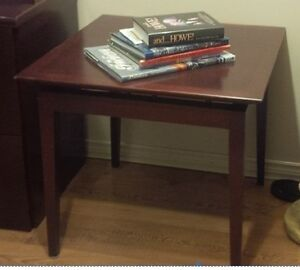 Executive U Shaped Desk side cabinet 2 chairs end table $1500 Kitchener / Waterloo Kitchener Area image 4