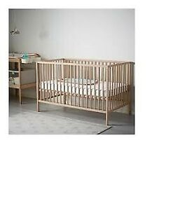 Baby crib set (mattress,bedding set,toy)+free baby swing........