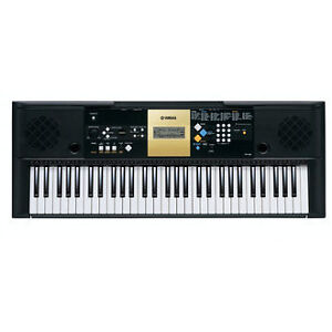 Yamaha YPT-220 Digital Keyboard w/adapter mint condition!