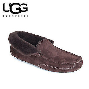 UGG Men's Suede Slippers Size 10 - Brown Color new