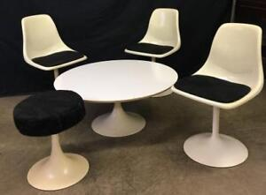 MID CENTURY COFFEE TABLE AND CHAIRS - AUCTION HOLIDAY MONDAY SJ
