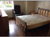 Double Bedroom in a Modern Flat near City Centre Manchester-SHORT TERM AVAILABLE