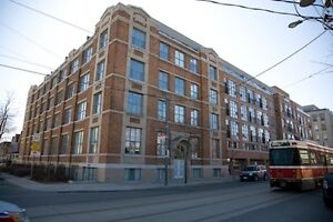 Bachelor Apartment in Chocolate Lofts - Queen West