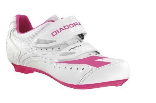 how to buy womens cycling shoes