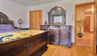 Set de chambre a coucher de luxe bois massif et marbre