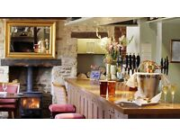 Front of House Manager (Live-In) - Iconic Oxfordshire Country Pub - Competitive Salary & Bonus