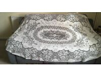 Vintage tablecloth oval cotton needle lace flower
