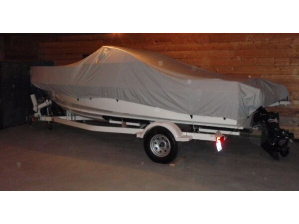 Used 2004 Bayliner 192 cuddy cabin
