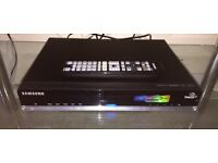 Samsung SMT-S7800 HD Freesat recorder 500gb