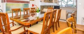 Dining table with 2 Carvers and 6 chairs