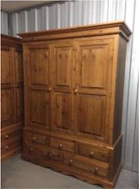 Pine wardrobe stunning Delivery poss