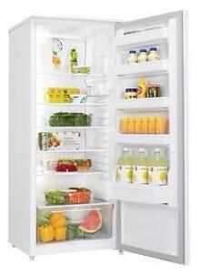 DANBY 11 CUBIC ALL FRIDGE!-1 YEAR MANUFACTURER WARRANTY!