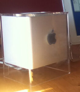 Classic Apple Cube and Cinema Display Belleville Belleville Area image 4